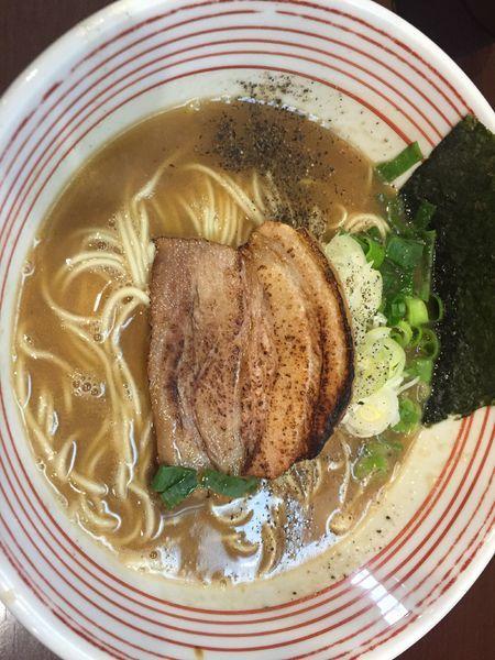 「濃い鶏醤油ラーメン750」@山麺の写真
