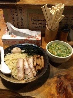 「つけ麺中盛り+スペシャルトッピング」@鶏の穴の写真
