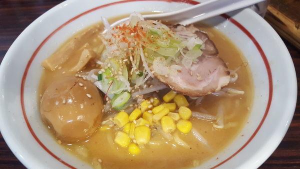 「味玉味噌らー麺」@らー麺 あけどやの写真