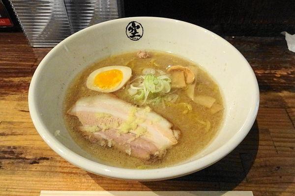 「味噌らーめん(麺少な目)780円」@らーめん 空 本店の写真