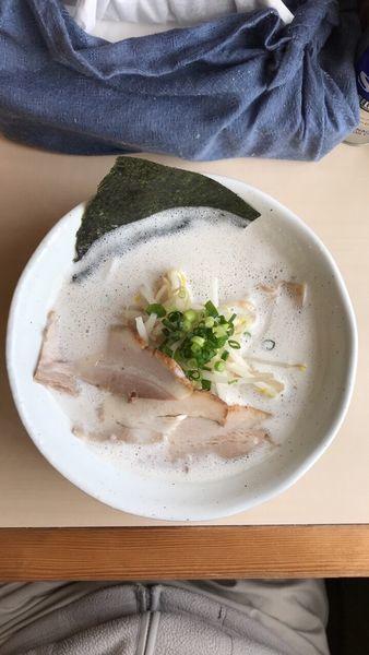 「豚しお」@麺縁 ジョウモンの写真