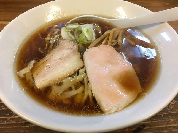 「醤油らー麺」@くじら食堂の写真