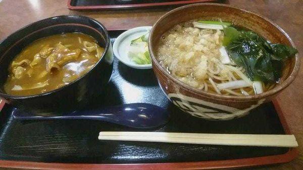 「ミニカレー丼・そばセット800円」@長岡屋の写真