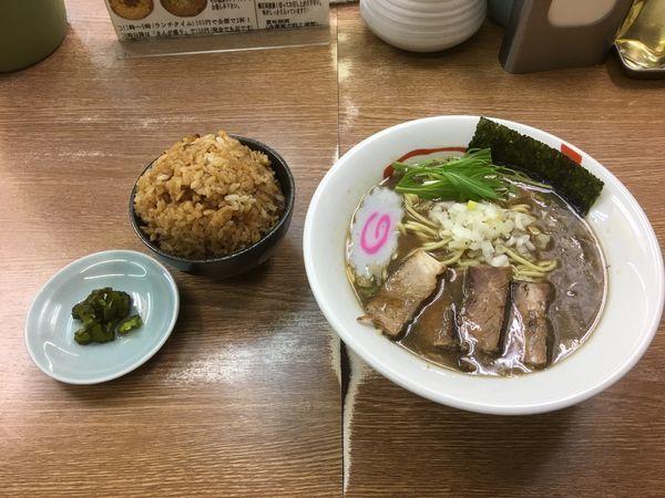 「濃厚煮干しラーメン + チャーシューおこわ」@名代らーめん 航海屋 新宿店の写真