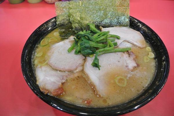 「中盛チャーシュー麺 970円 バリカタ」@家系総本山 吉村家の写真