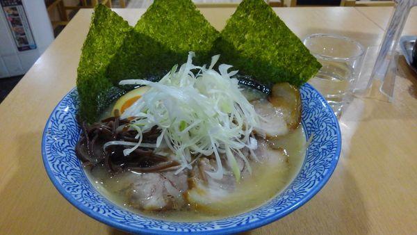 「特製らー麺」@長州ラーメン 万龍軒 富士見店の写真
