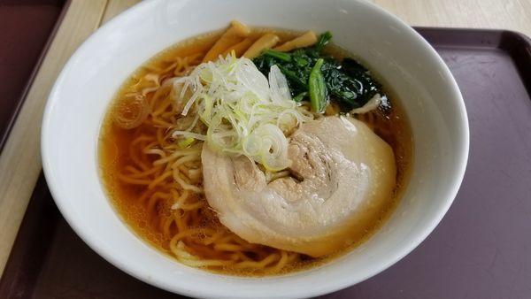 「ふじやましょうゆラーメン」@ふじやま食堂の写真