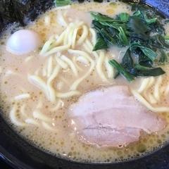 家系ラーメン 町田商店 城山店の写真