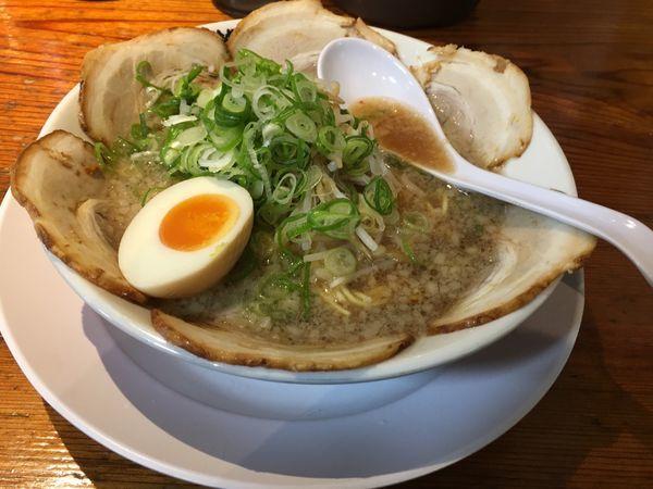 「格別チャーシュー麺900」@格別ヤ 福知山店の写真