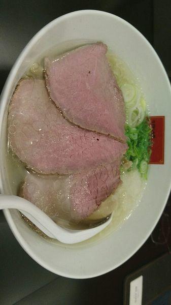 「贅沢塩ラーメン(味たまご付き)@950円」@牛骨らぁ麺マタドール ANNEXの写真