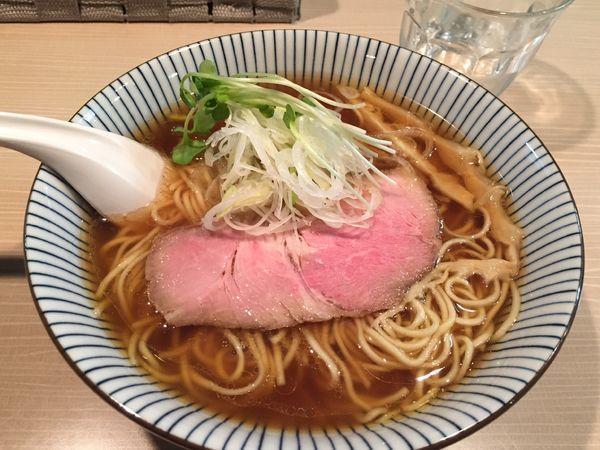 「香味中華そば大盛り麺固め」@麺屋 鶯 uguisuの写真