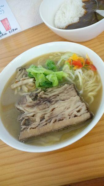 「牛肉の赤ワイン煮ラーメン  900円」@濃厚ラーメン じゅんの写真