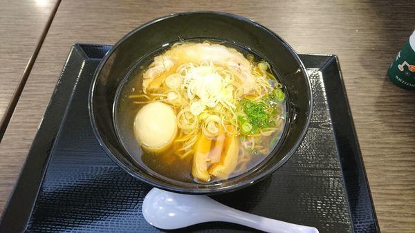 「味玉醤油らぁ麺980」@らぁ麺MORIZUMIの写真