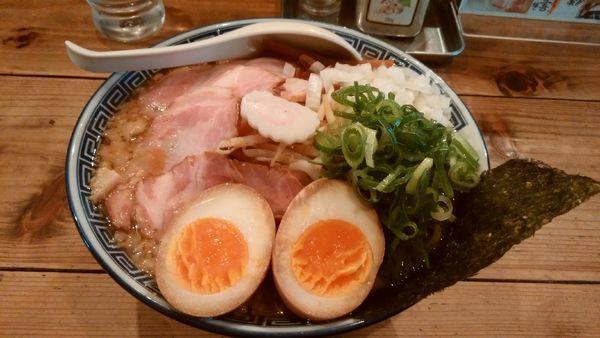 「特製背脂醤油ラーメン」@井田商店の写真