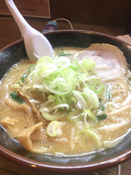 「背脂味噌ラーメン」@麺屋 亥龍の写真