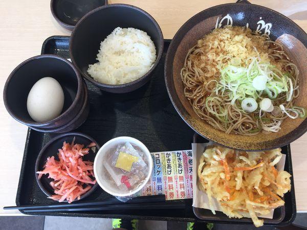 「朝食セット納豆+温そば+かき揚げ(チケット) 360円」@ゆで太郎 入間宮寺店の写真