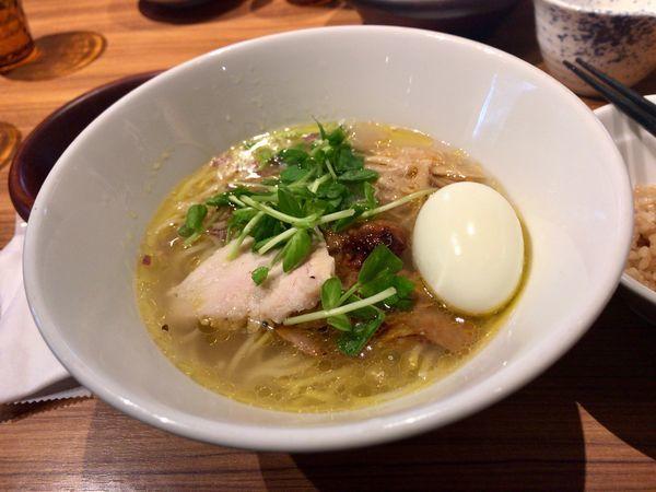 「淡麗鶏そば」@鶏そば・骨付き鶏 金嶋の写真