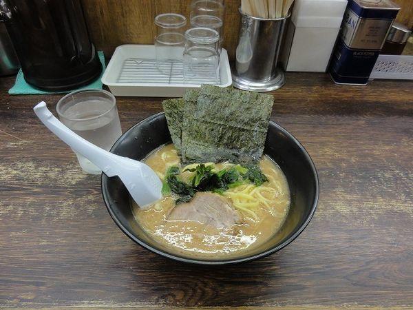 「ラーメン 500円」@らーめん 吟太の写真