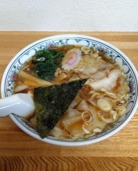 「ワンタン麺」@麺屋 左吉の写真