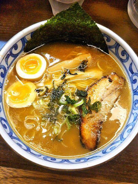 「玉子入り和風ラーメン 850円」@つけ麺・らーめん 豆天狗 名古屋金山店の写真