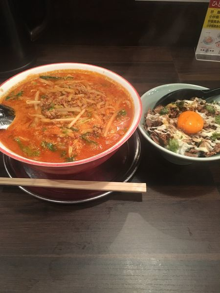 「辛麺3倍800円 すみたに丼380円」@すみたに 秋田駅前本店の写真