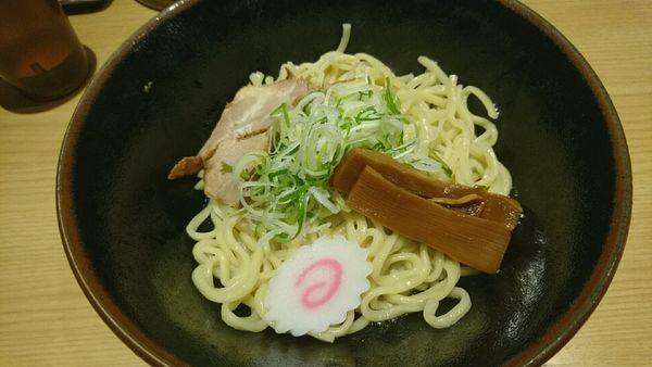 「油そば_690円」@油そば専門店 ぶらぶら 新宿店の写真