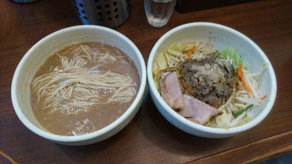 「バリカタラーメン(細麺)+ブラベジ大盛」@麺処 一笑の写真