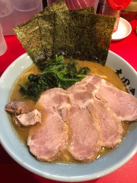 「チャーシュー麺中盛、硬め濃いめ」@横浜家系ラーメン 志田家 蒲田店の写真