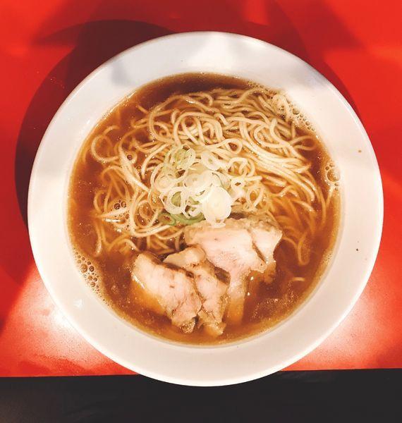 「肉そば中(味濃いめ)850円+スープ増し100円」@自家製麺 伊藤 浅草店の写真