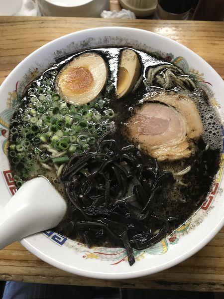 「熊本ラーメン+替玉(¥680+¥150)」@熊本らーめん 育元の写真