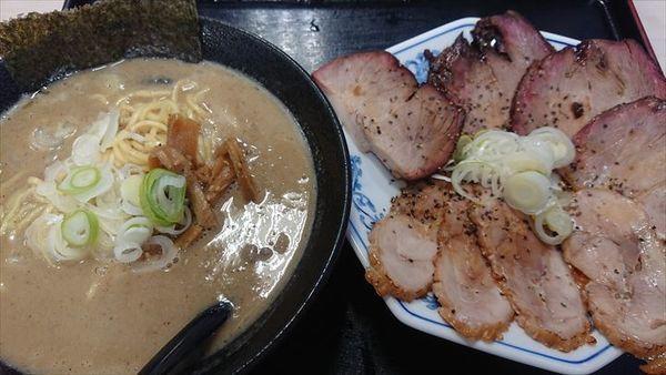 「Wチャーシュー麺」@気むずかし家の写真