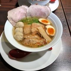 熊本九品寺麺処てしお 塩ラーメン専門店の写真