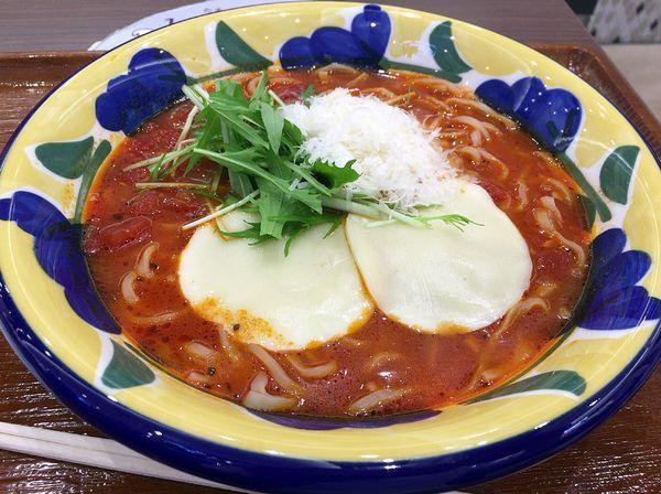 「モッツァレラトマト麺(842円)」@トマトの花 イオンレイクタウンkaze店の写真