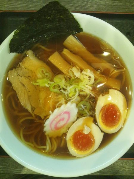 「中華そば(味玉付き)」@つけ麺丸和 名駅西店の写真