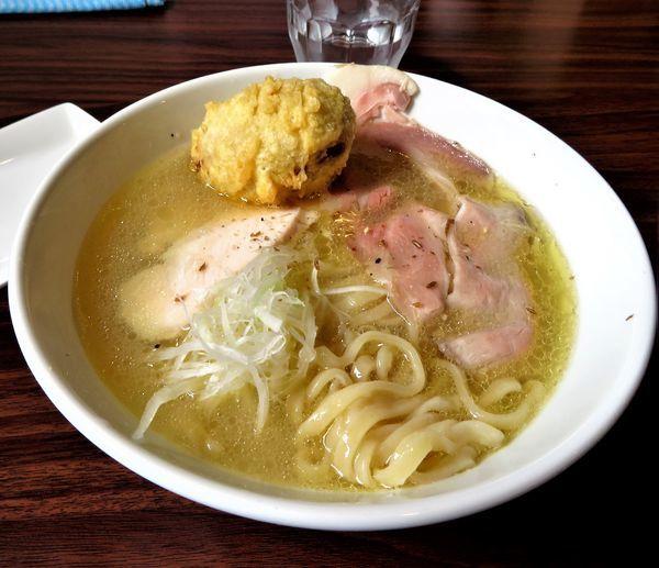 「鶏・煮干し+味玉天(900円)」@Roto Brewery 麺や 天空の写真