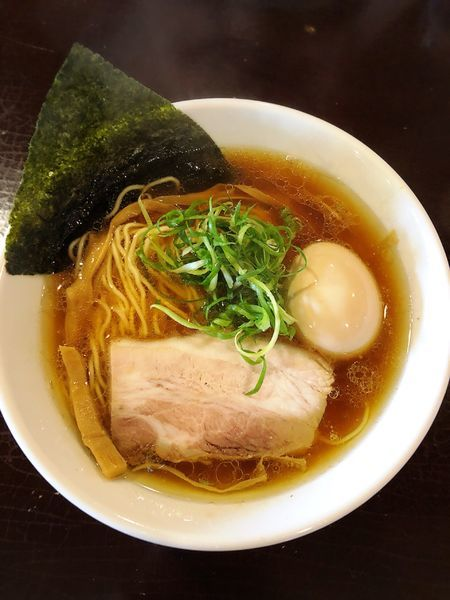 「上州地鶏の鶏そば(醤油.味玉)」@らーめんダイニング 庵の写真