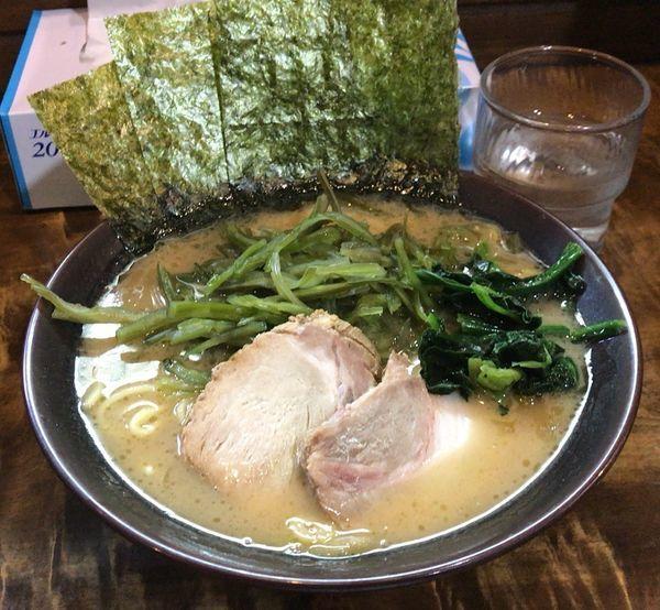 「茎わかめラーメン(800円)」@麺処 謹ちゃんの写真