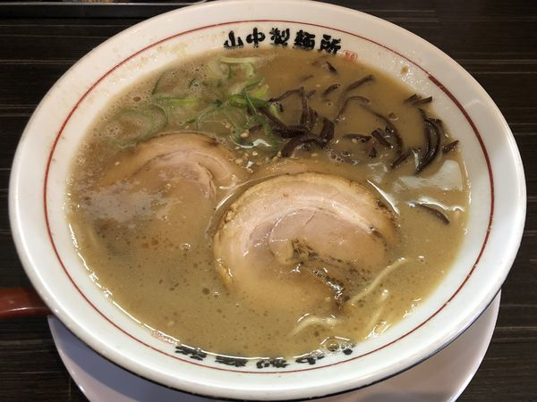 「豚骨らーめん」@山中製麺所 本町店の写真