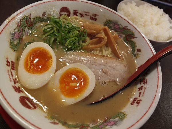 「味付煮玉子ラーメン定食」@天下一品 前橋大友店の写真