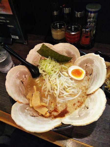 「とんこつ醤油チャーシュー」@麺や むこうぶち 西葛西店の写真