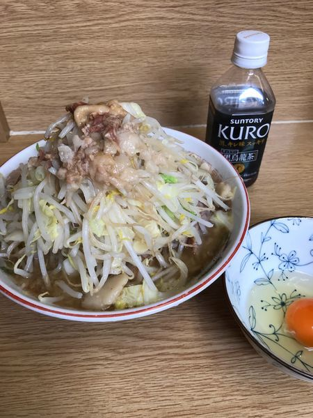 「ラーメン、生卵(ヤサイ、アブラ、カラメ)」@ラーメン二郎 栃木街道店の写真