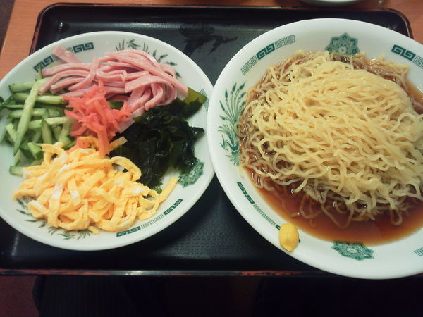 「黒酢しょうゆ冷し麺 530円」@日高屋 西武新宿前北店の写真