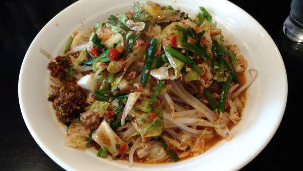 「極辛ラーメン大盛り野菜マシ」@激辛拉麺 鷹の爪の写真
