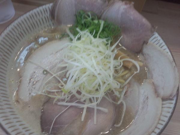 「濃厚鶏白湯らーめん 900円」@わ河馬の写真