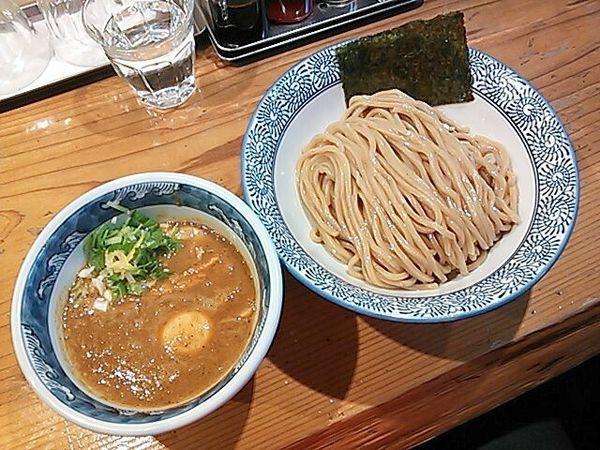 「濃厚味玉入辛つけ麺」@道玄坂マンモスの写真