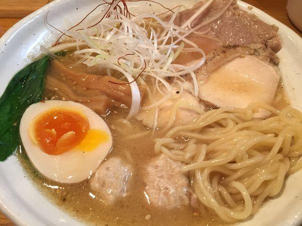 「味玉濃厚鶏らぁ麺(900円)【水曜日の限定】」@麺道 GENTENの写真