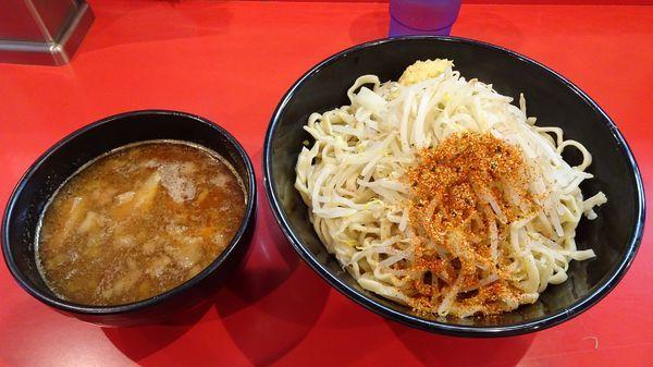 「辛いつけ麺300g(830円)ニンニク七味」@麺屋 桐龍の写真