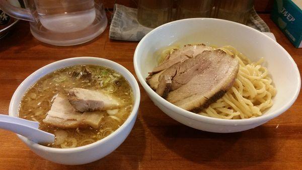 「つけ麺こってり、チャーシュー増」@はちの写真
