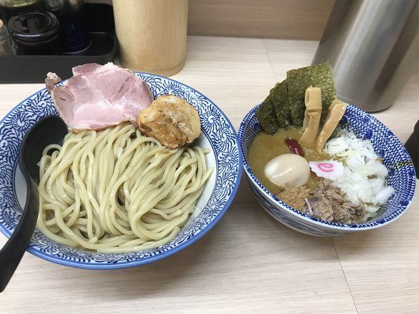 「カレつけ + 特製トッピング」@狼煙 大宮店の写真