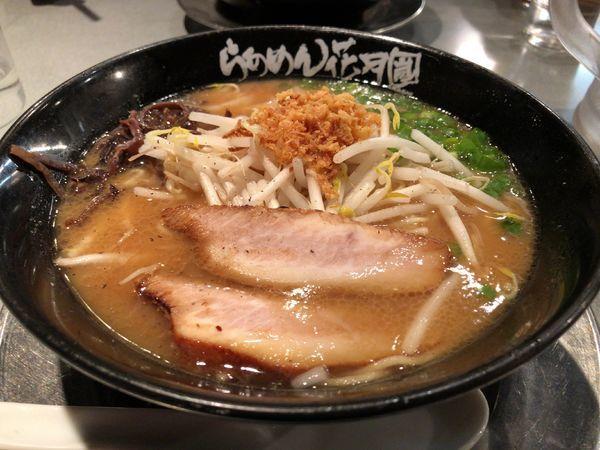 「鹿児島ラーメン」@らあめん花月嵐 上尾原市店の写真
